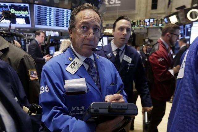 L'anxiété regagnait les investisseurs jeudi alors que devaient... (Photo Richard Drew, archives AP)