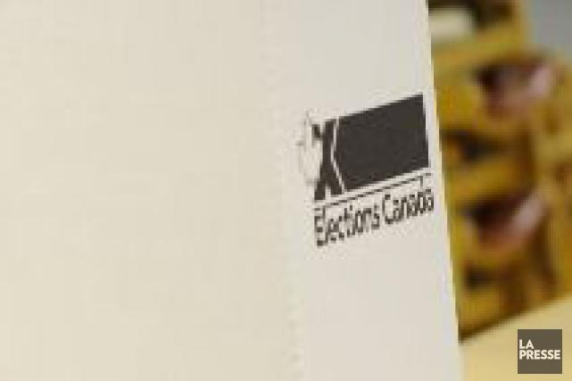 Le bureau se déplacera desinstallations d'Élections Canada.... (PHOTO BERNARD BRAULT, ARCHIVES LA PRESSE)