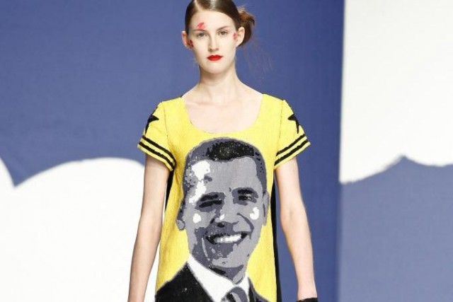 Robe à l'effigie du président américain Barack Obama.... (Photo fournie par le Design Exchange)