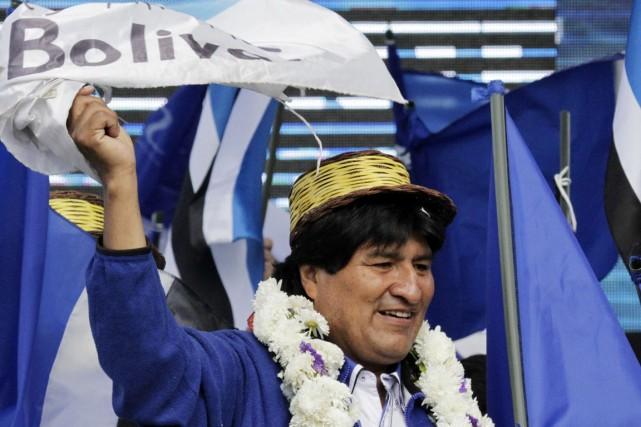 Dans les sondages, Morales obtient 59% des intentions... (PHOTO DAVID MERCADO, REUTERS)