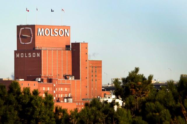 Molson Coors déploiera d'importants efforts en 2015 pour relancer ses marques... (PHOTO ARCHIVES BLOOMBERG)
