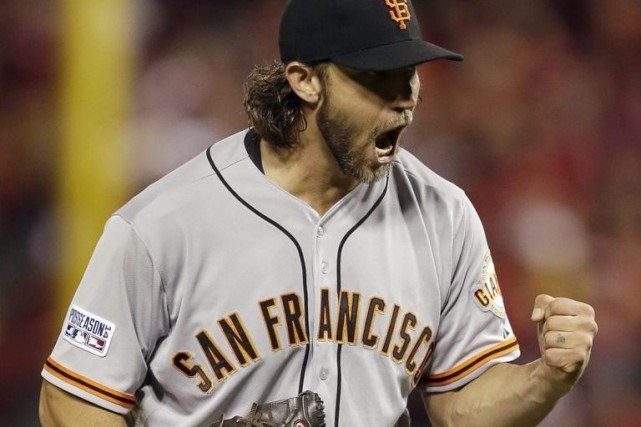 Madison Bumgarner a établi un record des séries... (Photo Jeff Roberson, AP)