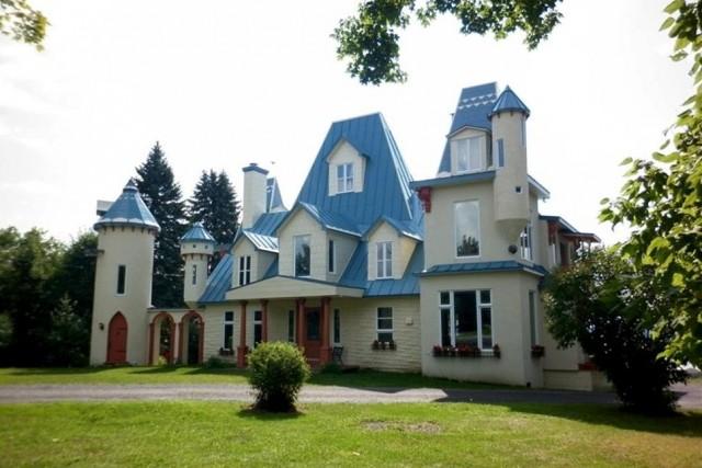 La maison Gohier, qui fait partie de la... (Photo tirée du livre Le patrimoine bâti de Neuville)