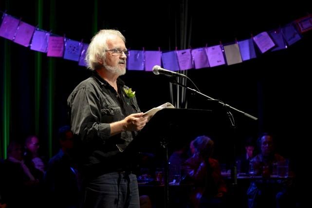 Jacques Rancourt a lu un poème sur la... (Sylvain Mayer)