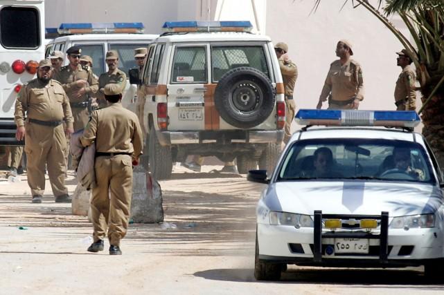 La police saoudienne a arrêté le suspect après... (PHOTO HASSAN AMMAR, ARCHIVES AFP)