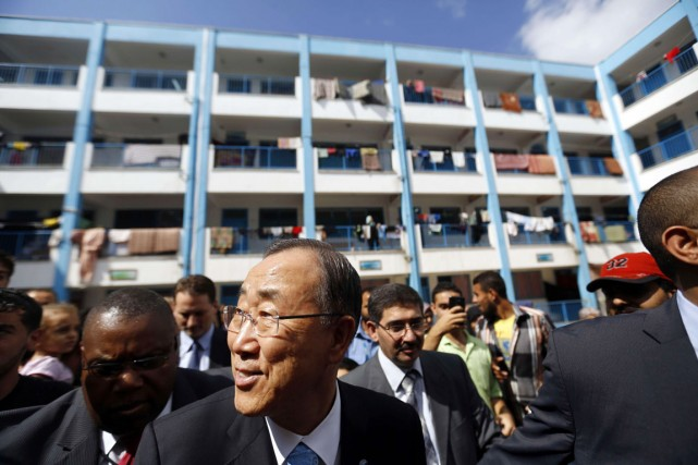 Ban Ki-moon est arrivé avec la promesse d'une... (PHOTO MOHAMMED ABED, AFP)