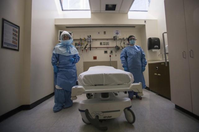 L'épidémie d'Ebola, qui fait rage en Afrique de... (Photo ADREES LATIF, REUTERS)