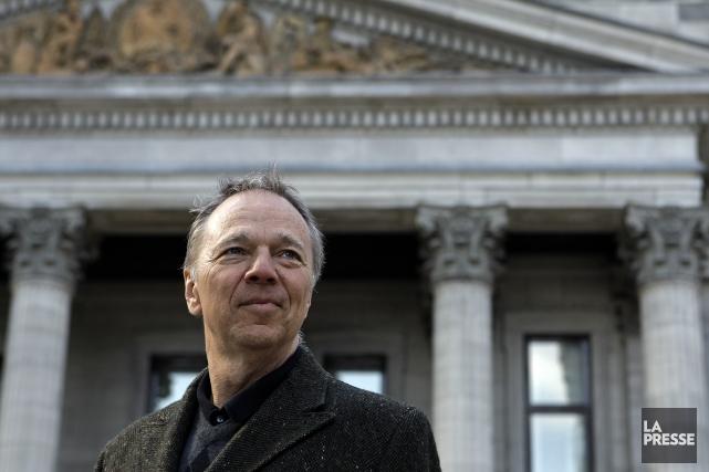 Chroniqueur à La Presse Débats, Alain Dubuc a écrit Portrait de... (Photo Robert Mailloux, archives La Presse)