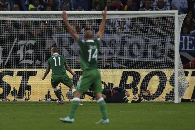 Trois jours après sa défaite (2-0) en Pologne, l'Allemagne championne du monde... (Photo: AFP)