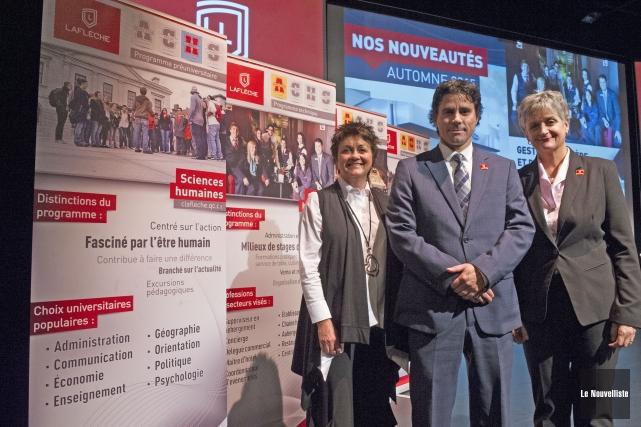 De gauche à droite: Sylvie Lemay, directrice du... (Photo: Stéphane Lessard Le Nouvelliste)