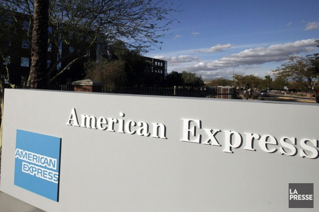 De juillet à septembre, AmEx a dégagé un... (PHOTO ARCHIVES AP)