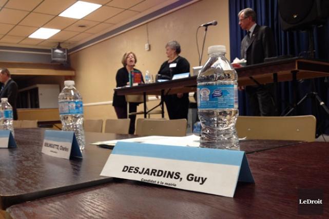 Guy Desjardins, le seul opposant au maire sortant... (Samuel Blais-Gauthier, LeDroit)
