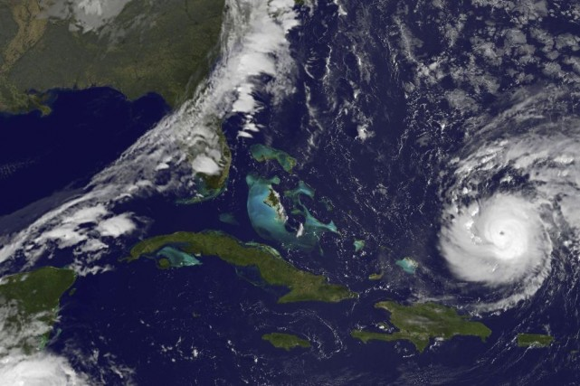 L'oeil de Gonzalo devrait passer à proximité des... (PHOTO AFP / NASA)
