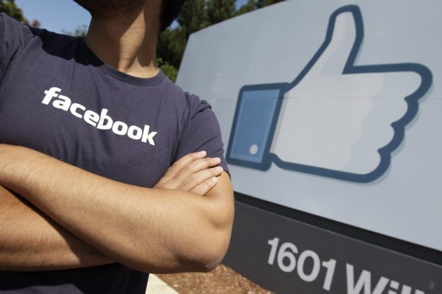 Facebook déterminera ceux parmi ses utilisateurs qui se... (Photo Paul Sakuma, AP)