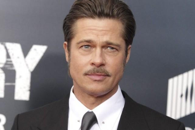 Brad Pitt à la première de Fury mercredi... (Photo: AP)