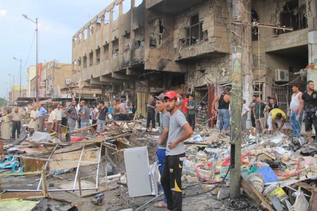 Le groupe armé État islamique, qui s'est emparé... (PHOTO: REUTERS)
