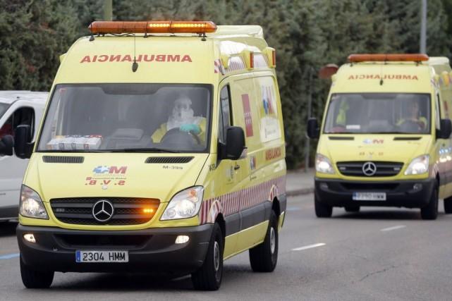 Le taux de mortalité pour Ebola est de... (PHOTO JUAN MEDINA, REUTERS)