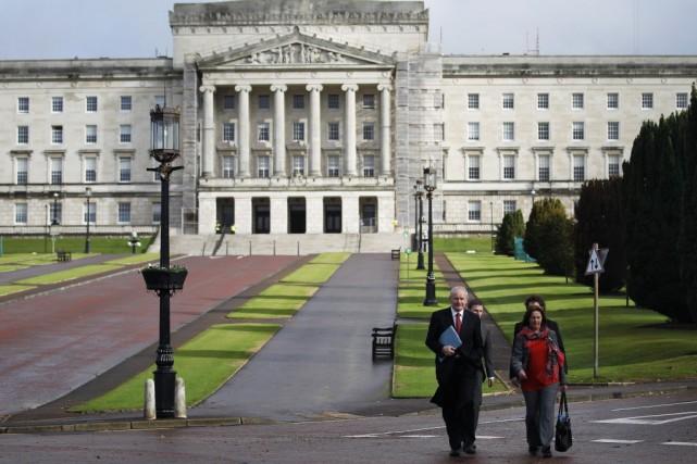 Les entretiens qui se tiennent à l'Assemblée d'Irlande... (Photo Peter Morrison, AP)