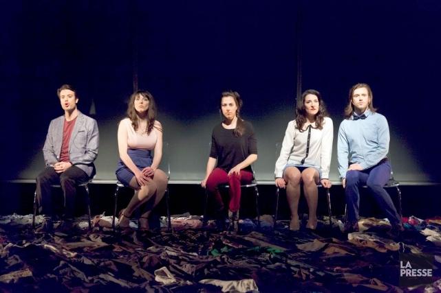 Cinq visages pour Camille Brunelle, pièce-chorale à la... (Jérémie Battaglia, Archives La Presse)