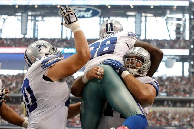 L'actuel succès des Cowboys de Dallas repose notamment... (Associated Press)