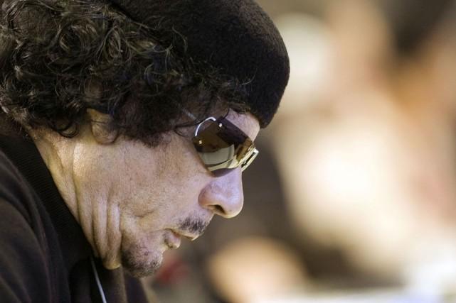 Le dirigeant libyen déchu Mouammar Kadhafi est mort... (Archives, Agence France-Presse)