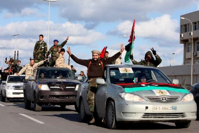 Face aux attaques de ces milices qui ont... (Photo Abdel Magid Al Fergany, Archives AP)
