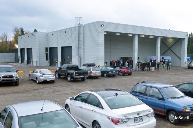 Flambant neuf, le nouveau garage de 1300 mètres... (Le Soleil, Jean-Marie Villeneuve)