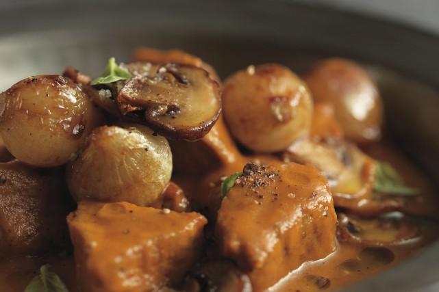 Veau Marengo... (Photo de Christian Tremblay tirées de La boucherie - À chaque viande sa cuisson, de Louis-François Marcotte (Flammarion Québec))