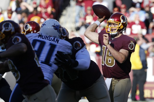 Colt McCoy (16)... (Photo Geoff Burke, USA Today Sports)