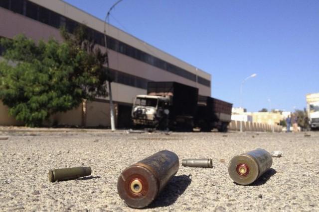 Neuf personnes ont été tuées dimanche dans de nouvelles violences à Benghazi,... (Photo: Reuters)