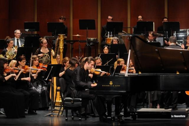 Le pianiste invité Serhiy Salov a été chaudement... (Photo: François Gervais, Le Nouvelliste)