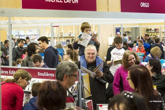Le Salon du livre de l'Estrie a dépassé ses objectifs de visite, malgré la... (Imacom, Jocelyn Riendeau)