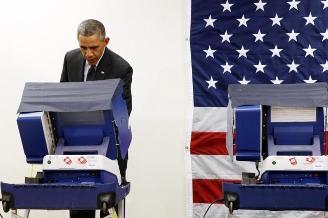 «Je suis vraiment content de pouvoir voter en... (PHOTO KEVIN LAMARQUE, REUTERS)
