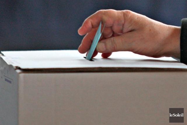 Le bulletin de vote contient 11 candidats. Les... (Photothèque Le Soleil)