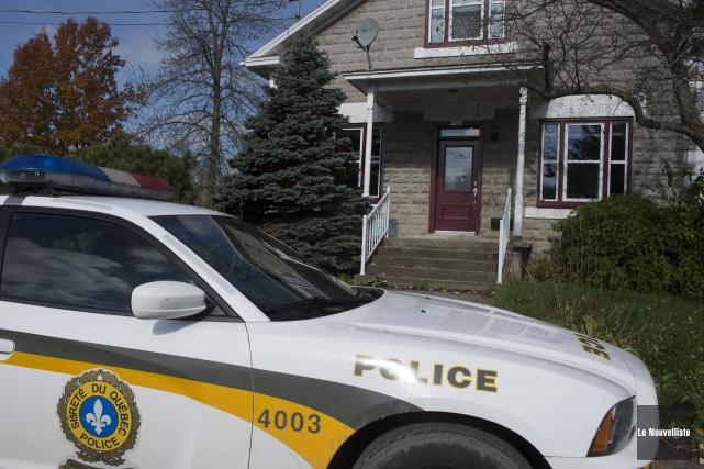Les policiers de la Sûreté du Québec ont... (Photo: Stéphane Lessard, Le Nouvelliste)