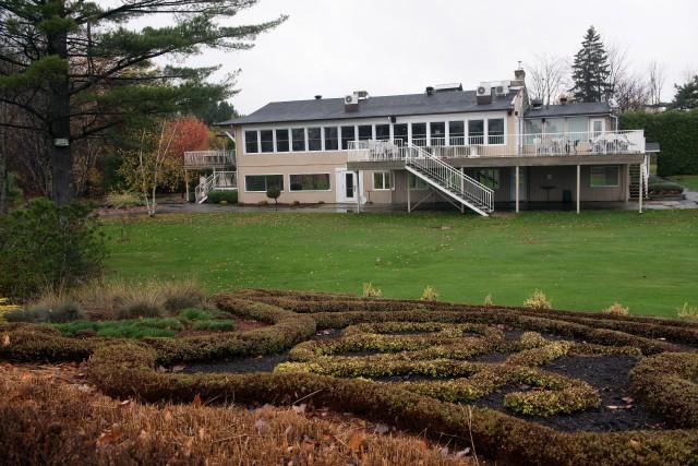 Le Club de golf LongChamp serait vendu à... (archives La Ttibune, Claude Poulin)