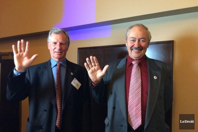 Le maire sortant Marcel Guibord et son opposant... (Samuel Blais-Gauthier, LeDroit)