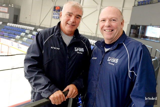 L'entraîneur-chef associé et directeur des opérations hockey des... (Photo Le Soleil, Erick Labbé)