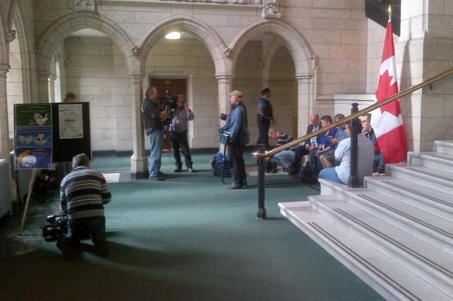 Le député Jonathan Genest-Jourdain a été dirigé dans... (Photo fournie par Jonathan Genest-Jourdain)