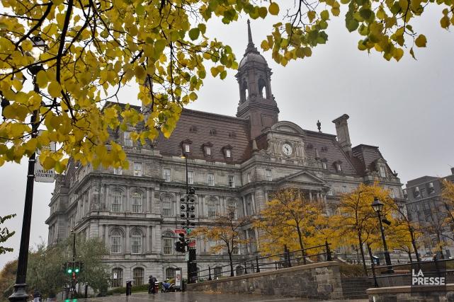 L'hôtel de ville de Montréal... (PHOTO PATRICK SANFAÇON, ARCHIVES LA PRESSE)