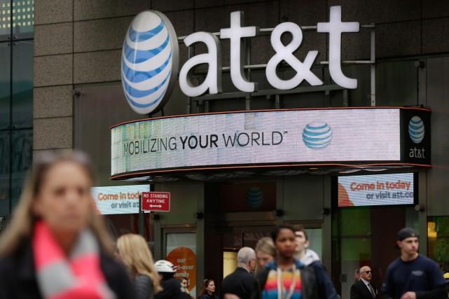 Le géant américain des télécoms AT&T a déçu les attentes de Wall Street au... (Photo Richard Drew, AP)
