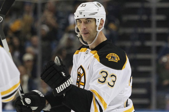 Zdeno Chara a subi une déchirure du ligament... (Photo Timothy T. Ludwig, USA Today Sports)