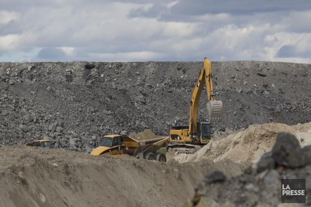 La tonne de minerai de fer se transige... (PHOTO HUGO-SÉBASTIEN AUBERT, ARCHIVES LA PRESSE)
