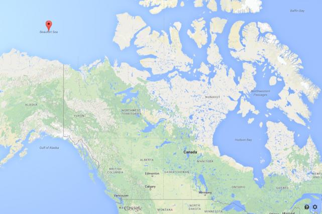 Un avion de la Garde côtière américaine mène des recherches au-dessus des eaux... (Photo Google Maps)