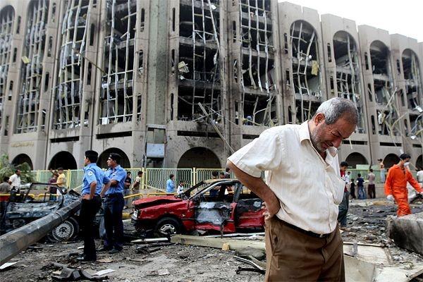 L'attentat du 25 octobre 2009 au centre de... (Archives, Agence France-Presse)