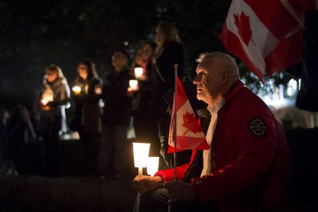Une vigile à Ottawa en l'honneurdu caporal Nathan... (Photo Justin Tang, PC)