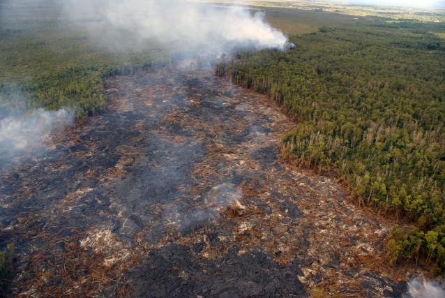 Le volcan du Kilauea est en éruption constante... (Photo U.S. Geological Survey, AP)