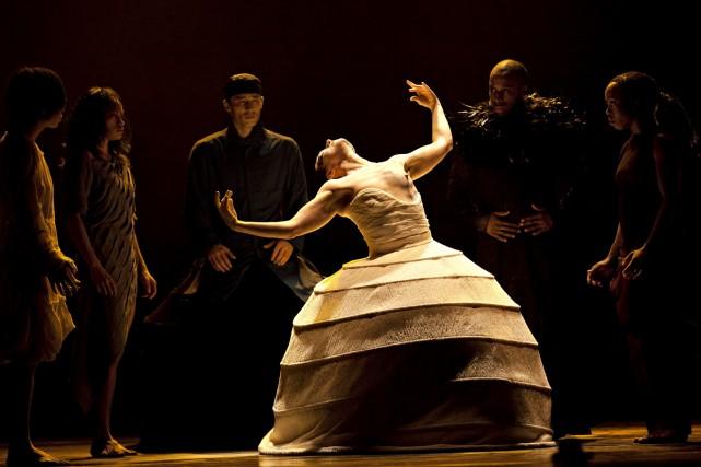 Dans le récit dansé de l'Akram Khan Company... (Photo Jean-Louis Fernandez)