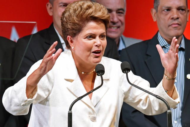 Dilma Rousseff a appelé à une sorte de... (PHOTO EVARISTO SA, AFP)