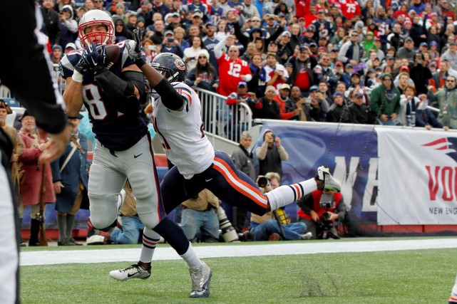 Rob Gronkowski a inscrit trois touchés dans la... (Photo Greg M. Cooper, USA Today Sports)